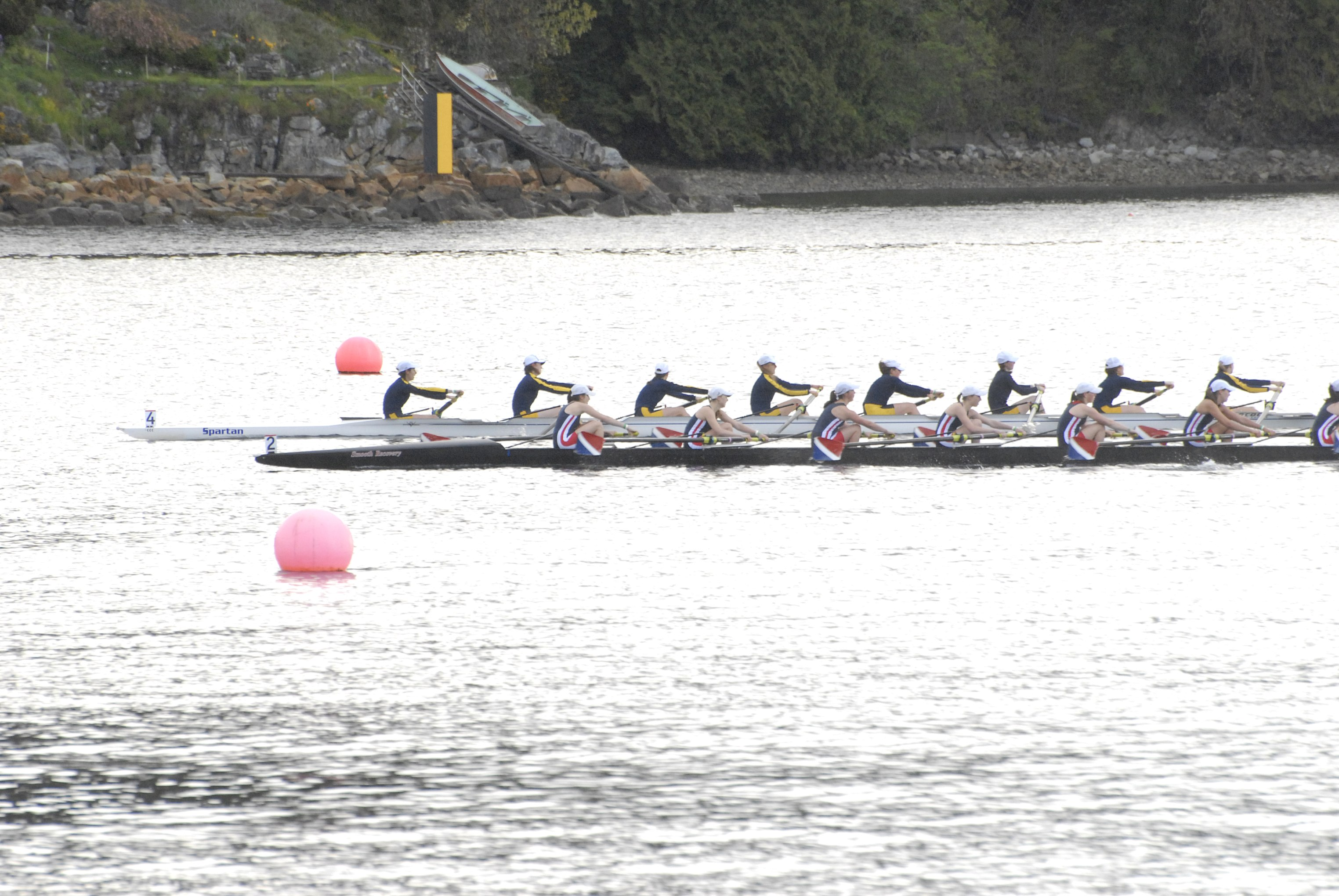 Bainbridge rowers earn medals at Canadian regatta