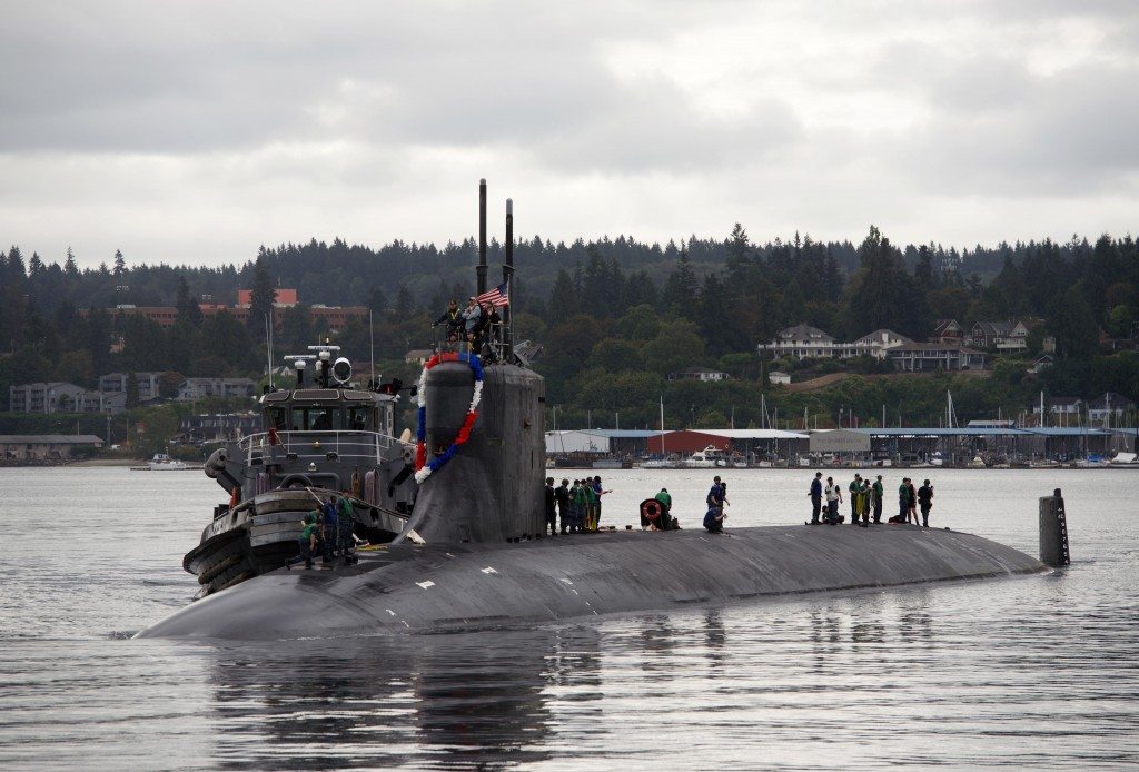 BREMERTON, Wash. (Aug. 21, 2015) Sailors assigned to the fast-attack submarine USS Seawolf (SSN 21) return home to Naval Base Kitsap-Bremerton, following a six-month deployment. Seawolf is the first of the Navy's three Seawolf-class submarines, designed to be faster and quieter than its Los Angeles-class counterpart. (U.S. Navy photo by Mass Communication Specialist 2nd Class Amanda R. Gray/Released)