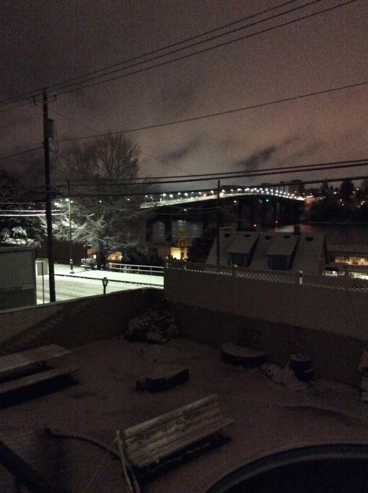 Holly Duncan: Manette at about 2:30 this morning.