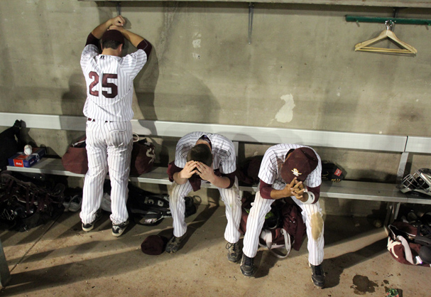 Disappointed South Kitsap players react to their loss to Skyview in the 4A state baseball championship game in Pasco Saturday. (LARRY STEAGALL / KITSAP SUN)