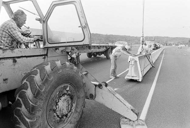8/26/83 Jersey Barrier Steve Zuschwerdt / Bremerton Sun