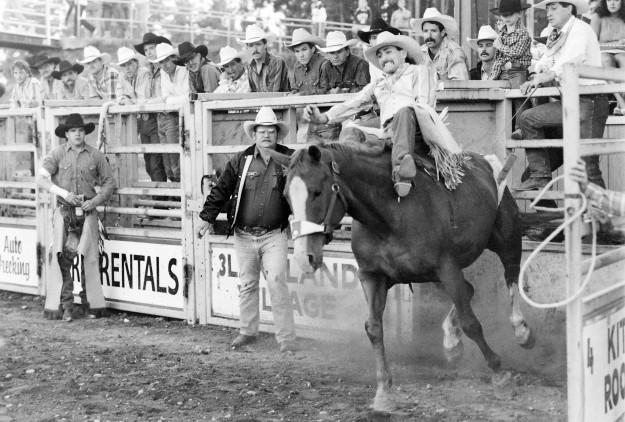 August 25, 1989 Clint Corey Larry Steagall / Bremerton Sun
