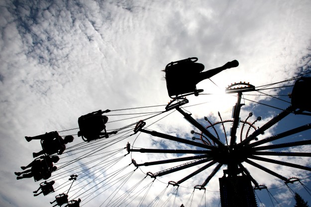 Fairgoers ride the YoYo at the Kitsap County Fair & Stampede. (LARRY STEAGALL / KITSAP SUN)