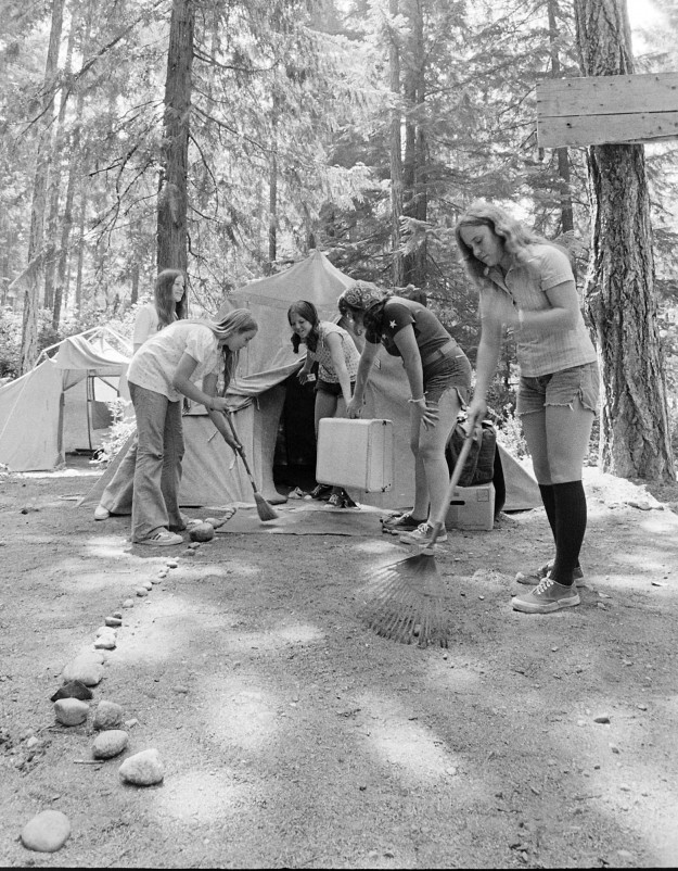 07/20/73 4H Campers Richard Ellis / Bremerton Sun