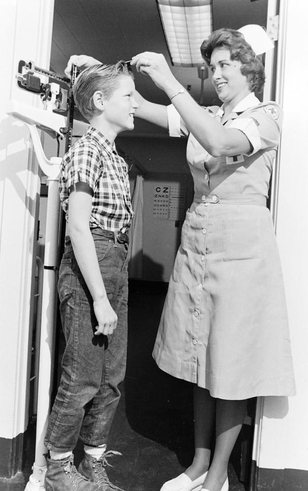 10/06/67 Red Cross PSNS Hospital Richard Ellis / Bremerton Sun