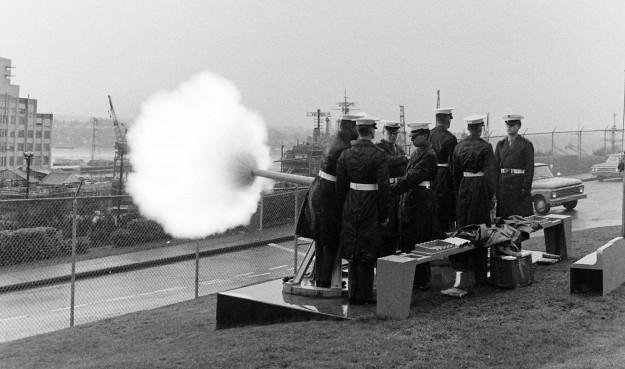 02/26/68 PSNS Saluting Battery