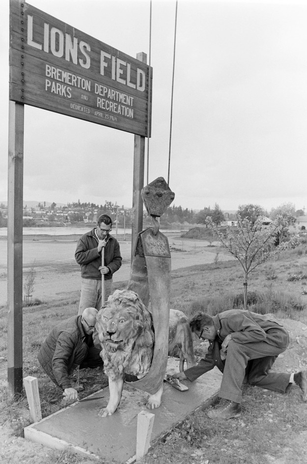 05/10/67 Lion At Lions Field