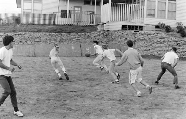 11/25/66 Endurance Football