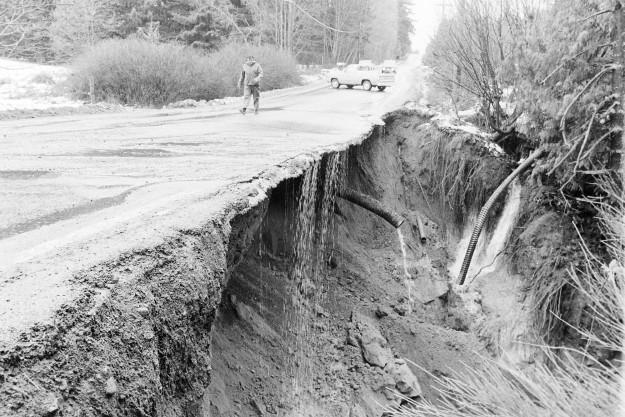 01/14/80 Road Washout Ron Ramey / Bremerton Sun