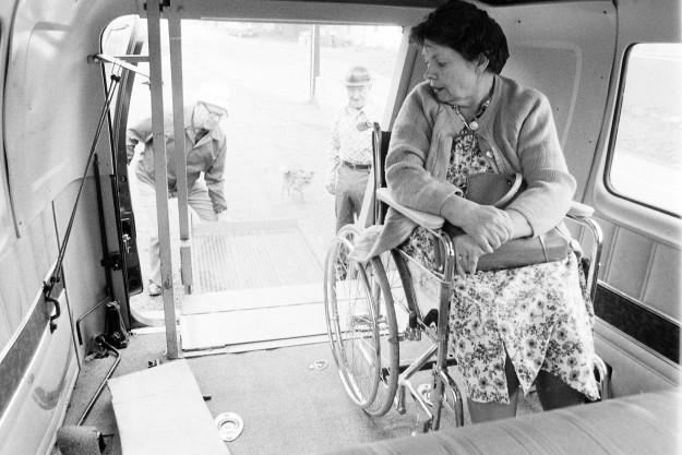 01/23/80 Oldie Services Bob Reeder / Bremerton Sun