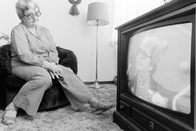 04/18/80 TV Personality Bob Reeder / Bremerton Sun