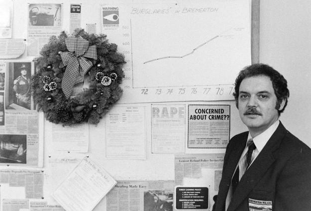 01/04/80 Holiday Crime Ron Ramey / Bremerton Sun