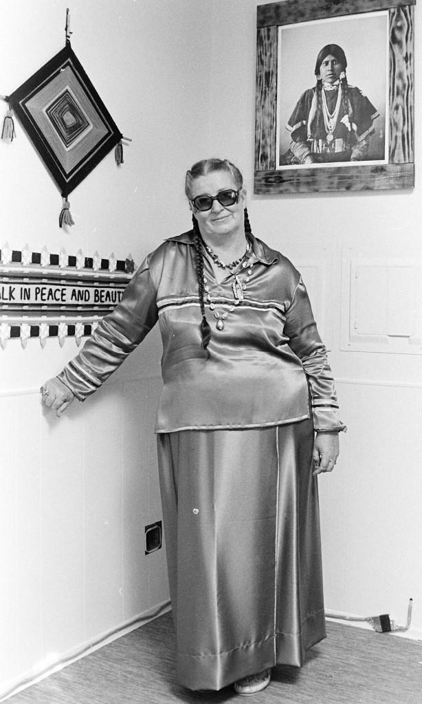 01/25/80 Grace Rowe Indian Shamna Cliff McNair Jr. / Bremerton Sun