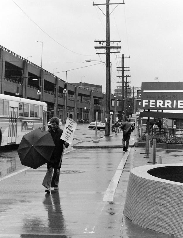 04/07/80 Seattle Ferry Terminal Steve Zugschwerdt / Bremerton Sun