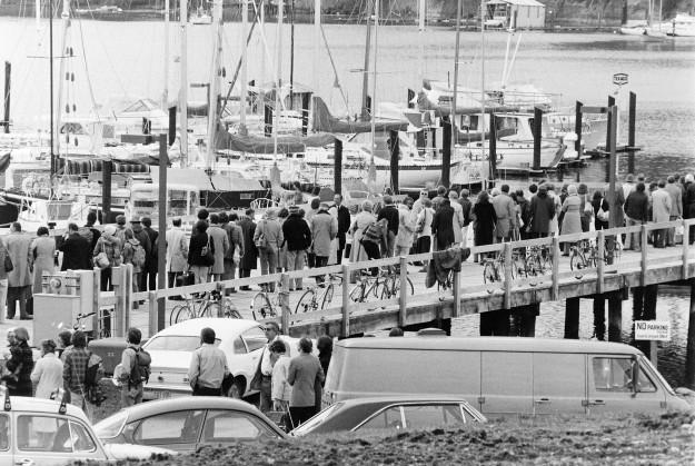 04/80/80 Winslow Ferries Cliff McNair Jr. / Bremerton Sun