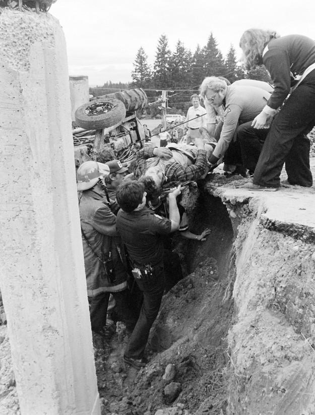 04/24/80 Industrial Accident Bob Reeder / Bremerton Sun