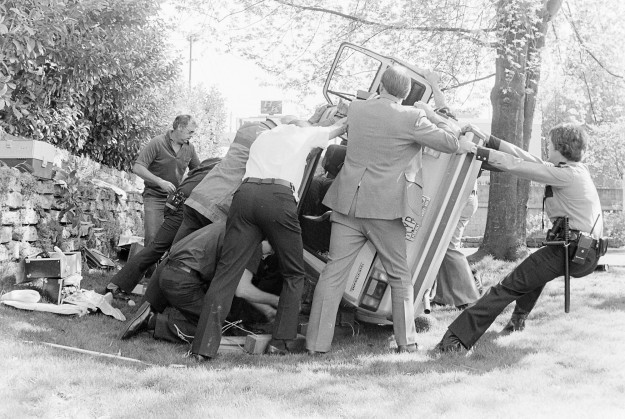 04/24/80 Wheaton Dibb Accident Cliff McNair Jr. / Bremerton Sun
