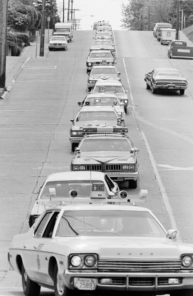 04/25/78 Procession Cliff McNair Jr. / Bremerton Sun