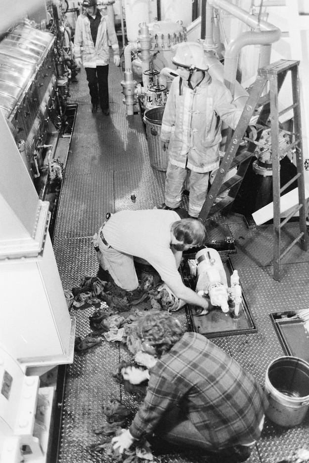 07/27/77 Ferry Fire Ron Ramey / Bremerton Sun