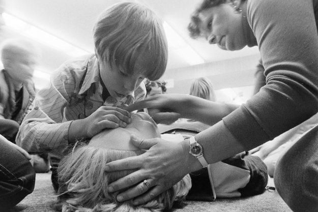 06/14/78 1st Grade CPR Bob Reeder / Bremerton Sun