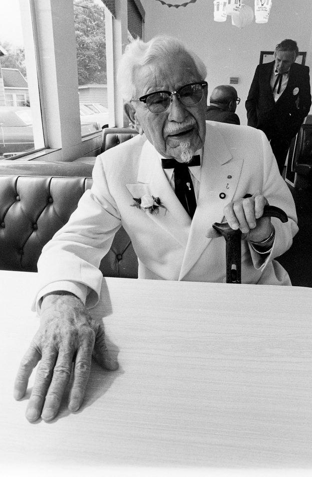 06/17/78 Colonel Sanders Bob Reeder / Bremerton Sun
