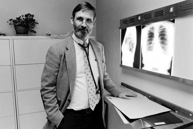 10/19/88 Dr. Richard Wesley Steve Zugschwerdt / Bremerton Sun