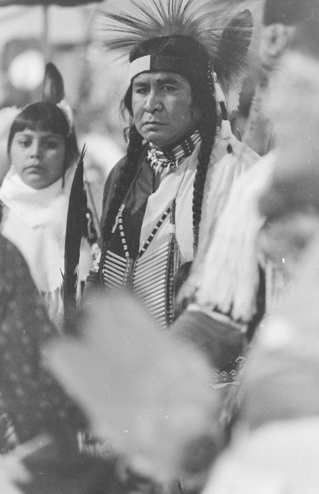 09/18/88/ PowWow Theresa Aubin Ahrens / Bremerton Sun