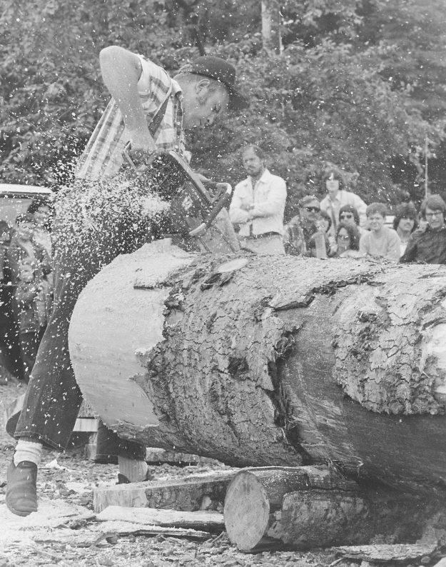 07/04/78 Chainsaw Steve Zugschwerdt / Bremerton Sun