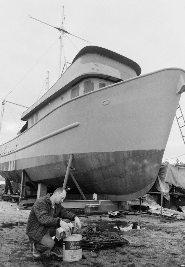 02/15/69 Bob Phillips And Boat