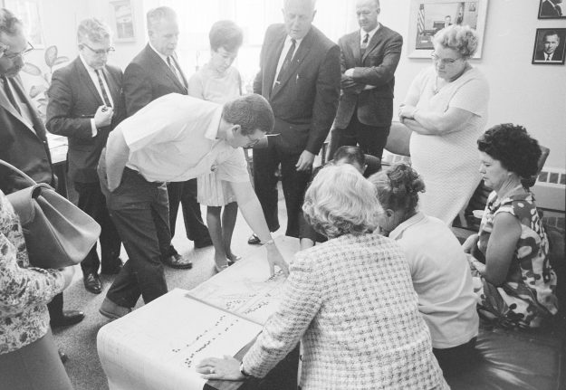 07/25/68 East Side Beautification Plan