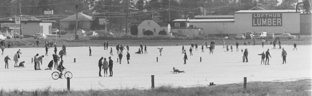 12/30/68 Ice Skaters