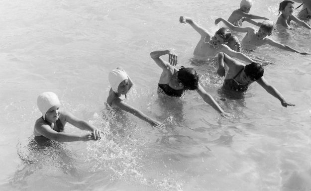 07/20/62 Swim Classes