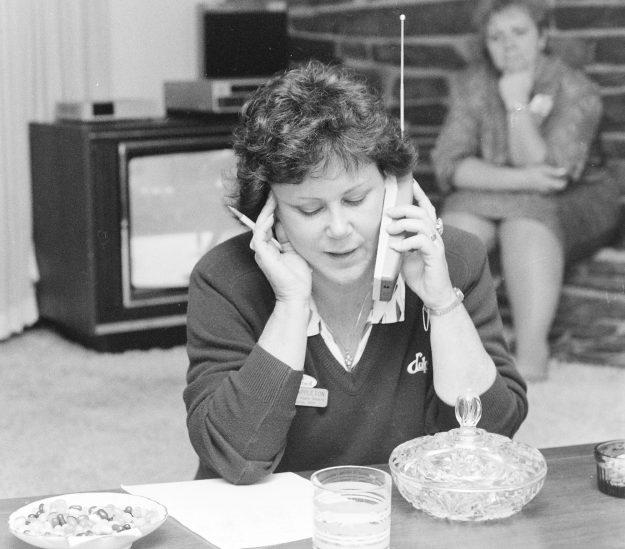 09/20/88 Sherry Appleton Larry Steagall / Bremerton Sun
