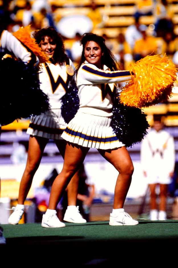 10/10/88 Husky Cheerleader Steve Zugschwerdt / Bremerton Sun