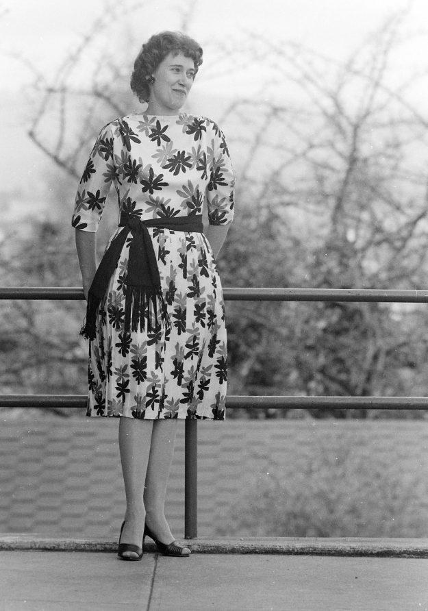 03/27/62 Manette Church Fashion