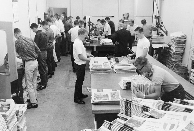 05/19/62 No Title ***appears to be be Bremerton Sun employees getting maybe the Armed Forces Day edition ready for delivery***