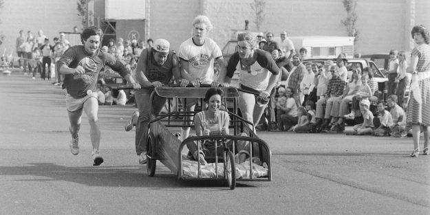 07/03/83 SK Bed Races Theresa Aubin Ahrens / Bremerton Sun