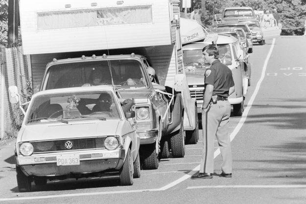 08/15/83 Traffic Lofall Theresa Aubin Ahrens / Bremerton Sun