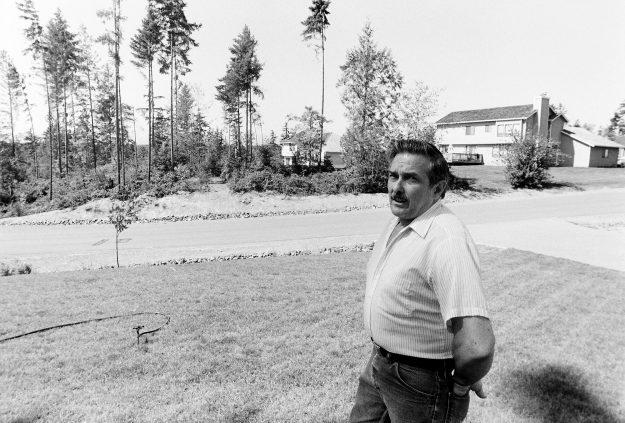 09/02/88 Contested Green Belt Steve Zugschwerdt / Bremerton Sun