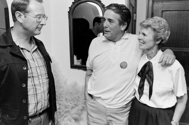 09/20/88 Ellen Creswell Larry Steagall / Bremerton Sun