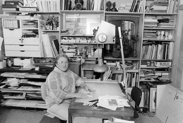 09/22/88 Author Theresa Aubin Ahrens / Bremerton Sun