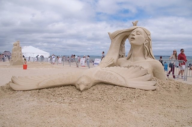 """Open Your Mind and Let Your Spirit Fly"" by Mélineige Beauregard took first place at Revere Beach. Photo:RevereBeach.com"