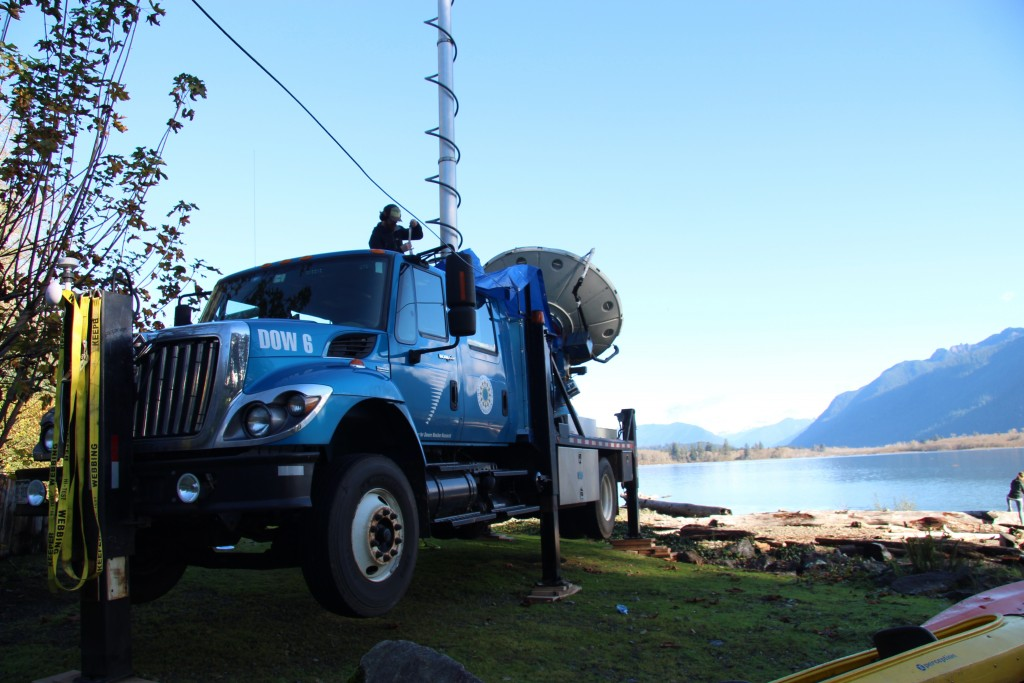 When the Doppler-on-wheels radar system arrived at Lake Quinault, skies were clear and the ground was dry.